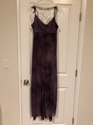 Purple sparkled gown size 7/8 for Sale in Fife, WA