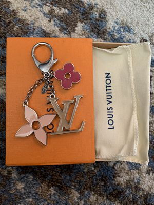 Louis Vuitton key chain bag charm for Sale in Queens, NY