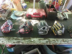 Kids baseball gloves Rawlings, Franklin, EASTON, Voit for Sale in National City, CA