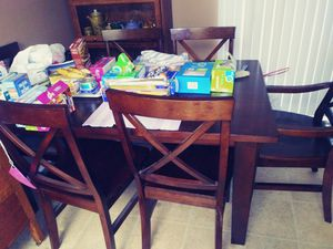 Kitchen table and chairs for Sale in Santa Ana, CA