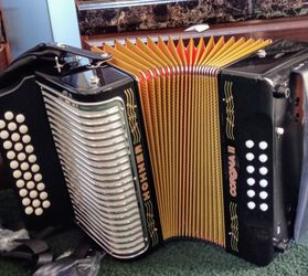 ACCORDION HOHNER ACORDEON for Sale in East Los Angeles,  CA
