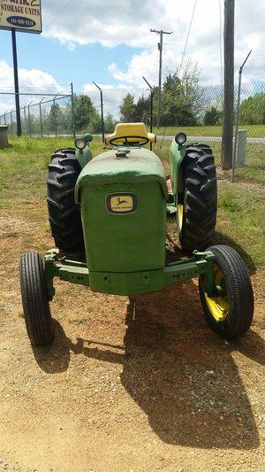 John Deere 2020 Tractor for Sale in Kenbridge, VA