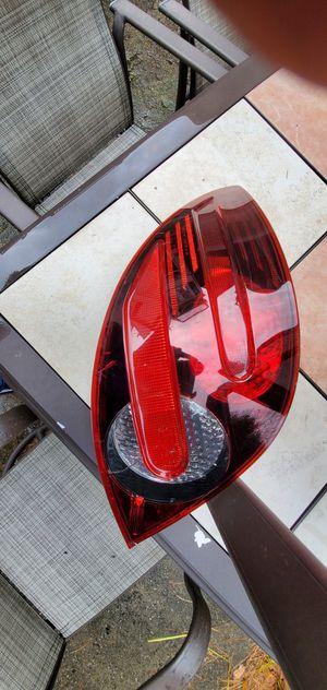TAILLIGHT MERCEDES R350 R500 REAR LEFT DRIVE SIDE 2006_2010 for Sale in Cliffside Park, NJ