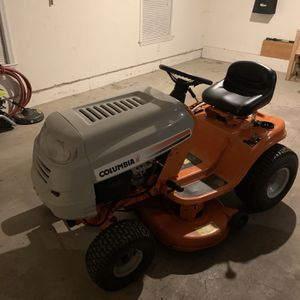 Riding Lawn Mower for Sale in Lewisburg, PA
