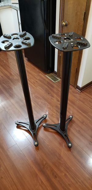 """ULTIMATE SUPPORT - 45"""" Pro Audio Speaker Stands (Barely Used) for Sale in Dublin, OH"""