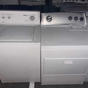 Washer And Dryer Set Kenmore And Whirlpool for Sale in Menifee, CA