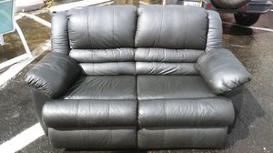 Leather Loveseat for Sale in Oakland Park, FL