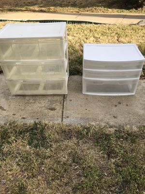 !! Plastic Storage Containers for Sale in Los Angeles, CA