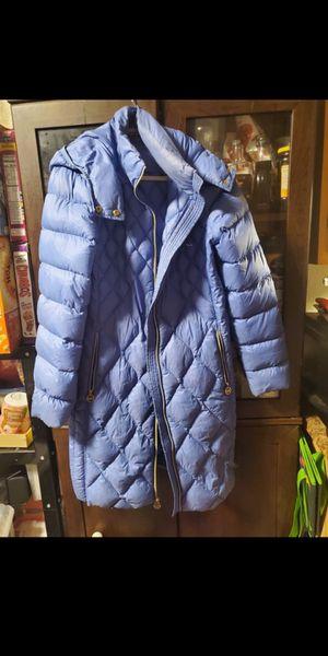 Michael kors long light down jacket for Sale in Mountlake Terrace, WA