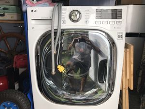Lg washer dryer all in one 4.3 cubic ft. 1 unit does it all for Sale in Bushnell, FL