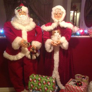 Mr and Mrs. Santa Claus and more decorations for Sale in Groveport, OH