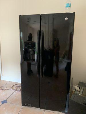 Kitchen appliances for Sale in Hialeah, FL