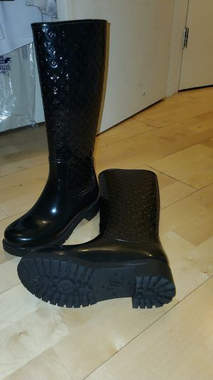Louis Vuitton Boots and Pumps for Sale in Malden, MA