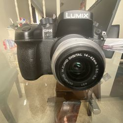 Panasonic Gh4 2 Lenses And Viltrox Ef-m2 Adaptor for Sale in Chicago Heights,  IL