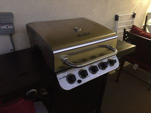 BBQ grill char broil for Sale in Fontana, CA