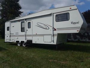 2002 Royal camper for Sale in Detroit, MI