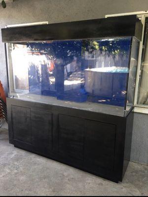 240 Gallon aquarium fish tank for Sale in South Gate, CA