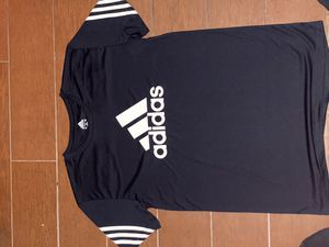 Adidas shirt for Sale in Greenbelt, MD