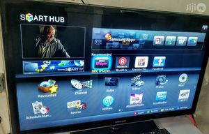 """Samsung """"42"""" Smart TV with ROKU for Sale in Charlotte, NC"""