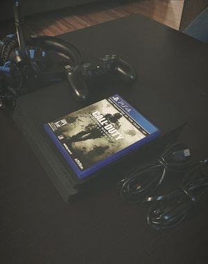 PS4 BUNDLE for Sale in Downey, CA