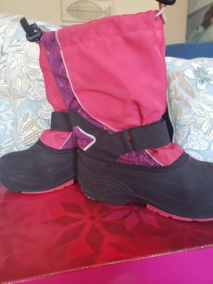 Girls waterproof boots size 2 for Sale in Tamarac, FL
