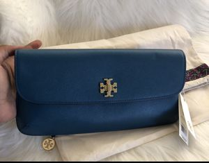 Brand new tory burch clutch for Sale in Poway, CA