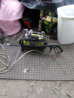 Ryobi 1600 psi 1.2 GPM electric pressure washer for Sale in Portland,  OR
