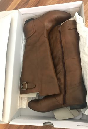 Size 6 brown boots from Aldos for Sale in Miami, FL