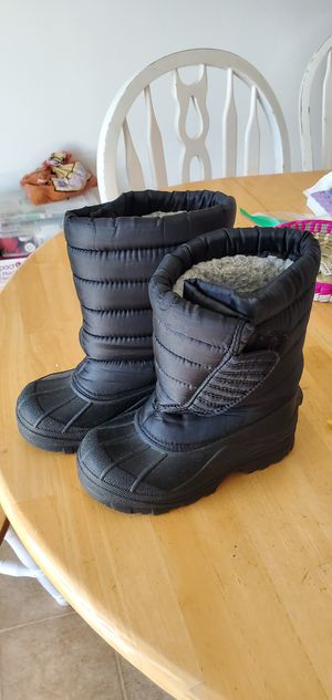 Kids snow boots size 13 for Sale in Lancaster, CA