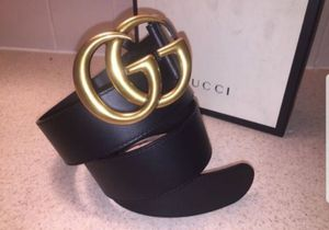 Gucci Classic Double G Buckle Black Leather Belt Authentic for Sale in Queens, NY