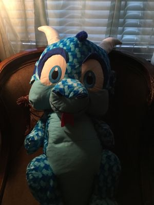 BIG PLUSH DINOSAUR for Sale in Raleigh, NC