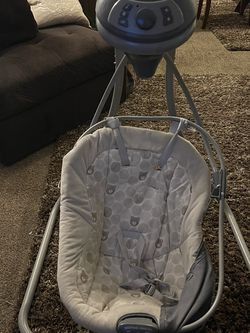 Baby Swing for Sale in Fresno,  CA