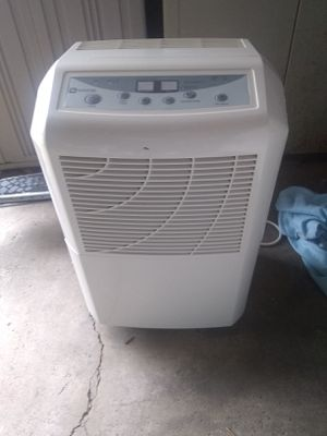 Maytag 50 pint dehumidifier for Sale in Medina, OH