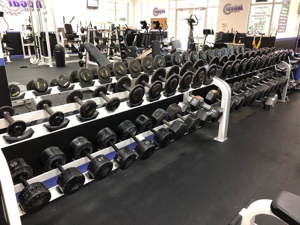 Dumbbell set 5-105 lbs with or without racks
