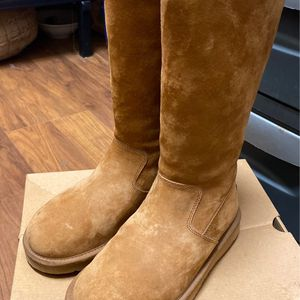 Ugg Australia Shoes | Ugg Boots - Chestnut Zip Up with Rubber Bottoms | Color: Brown/Tan |size:6 Women's for Sale in Brooklyn, NY