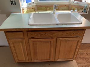 Kitchen sink, faucet, and cabinet for Sale in Woodinville, WA