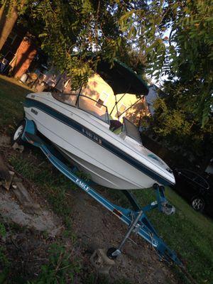 1993 Rinker 180v 18ft Boat and Trailer for Sale in Evansville, IN