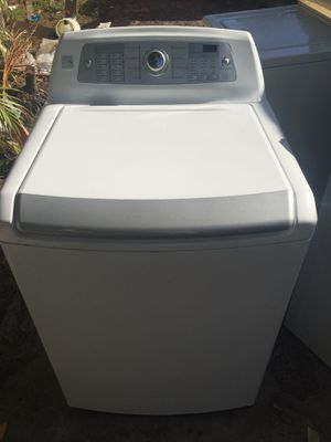 Washer working good kenmore for Sale in West Palm Beach, FL