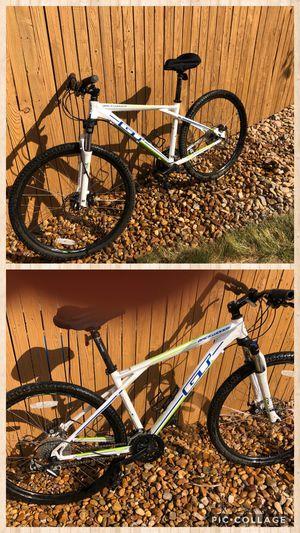 "GT Backwoods mountain bike S/M frame 27.5 "" tires for Sale in Littleton, CO"