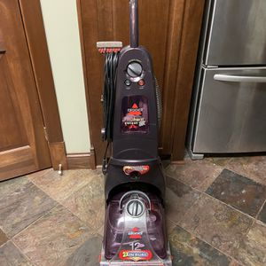 Bissell PROheat Select 2x for Sale in Chicago, IL