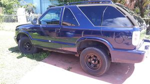 2001 Chevy blazer for Sale in Lehigh Acres, FL