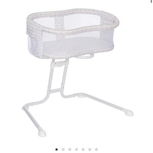 Bassinet for Sale in Norfolk, VA