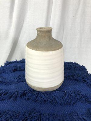 "Ceramic Flower Vase (9"") for Sale in Rancho Cucamonga, CA"