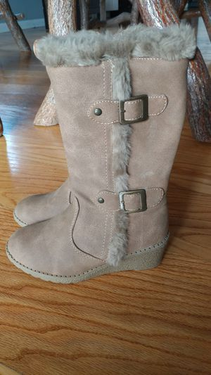 Girl's boots size 13 for Sale in Murrysville, PA