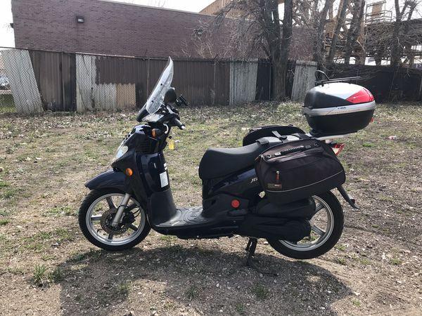 Scooter SYM HD200