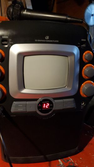 CD GRAPHICS KARAOKE PLAYER for Sale in Chico, CA