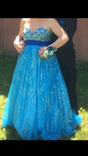 Prom dress for Sale in Rochester, IL