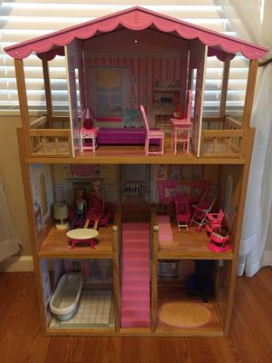 Barbie house / doll house for Sale in Acampo, CA