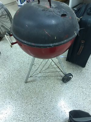 Weber grill only 10$ for Sale in Pinetop, AZ