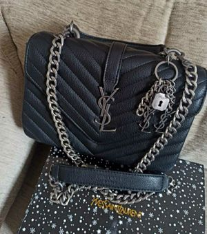 YVES SAINT LAURENT COLLEGE BAG for Sale in Redwood City, CA